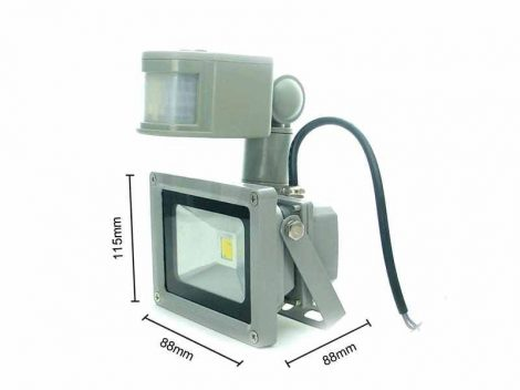 Mozgásérzékelős LED lámpa 12V 20W PIR szenzor, energiatakarékos fényvető