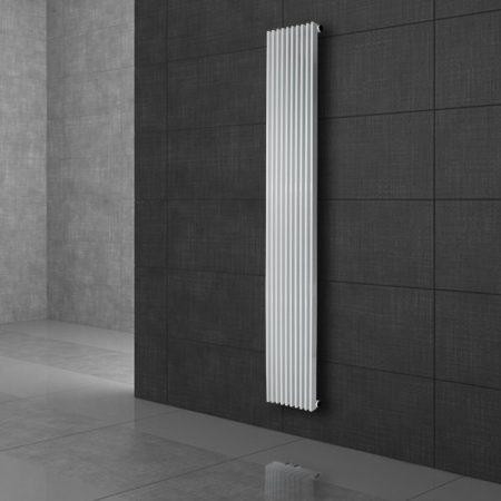 Modern design radiátor 95x1500mm fehér színben, különleges hosszított és keskenyített formatervezés