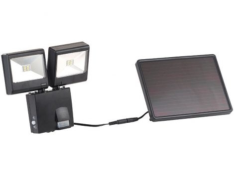 Napelemes LED-es kültéri reflektor 2 részes PIR érzékelő 6 W 480 lm IP44